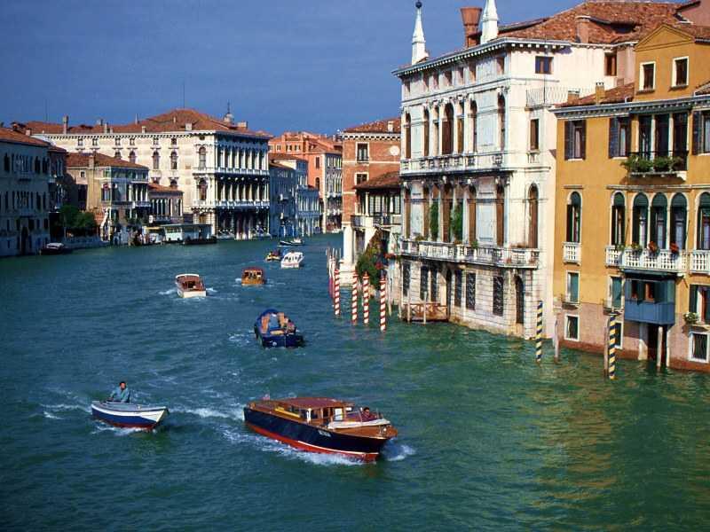 Rush Hour Venice Italy